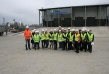 Первые школьники посетили автоматизированный мусоросортировочный комплекс